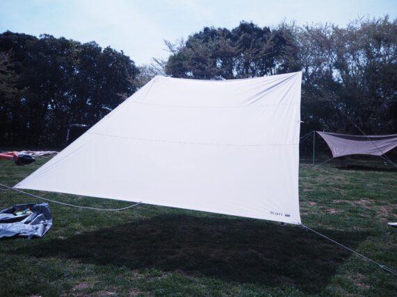 成田ゆめ牧場ファミリーオートキャンプ場は風が強いことが多いため低めに張ったノルディスクタープ(kari12)